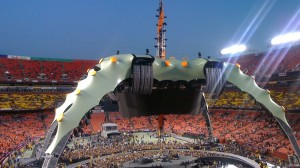 U2's 360 stage by jgarber on Flickr